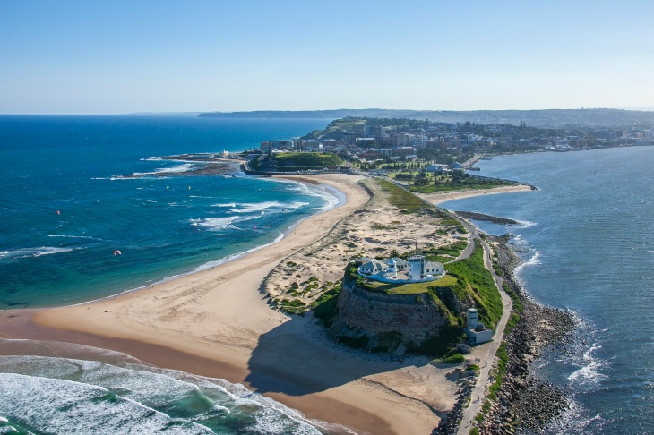 Nobbys-Lighthouse-Newcastle_credit-Destination-NSW